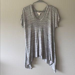 Grey casual v-neck t-shirt